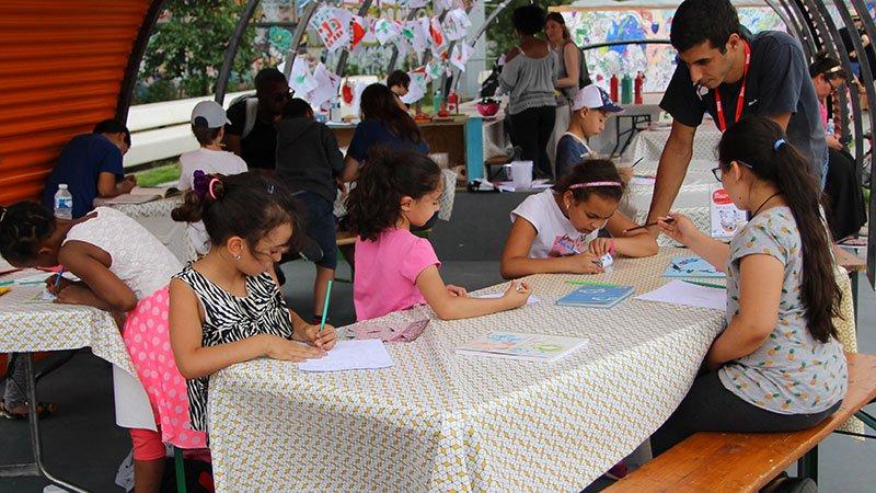 Inscrire un groupe au Parc d'attractions littéraires